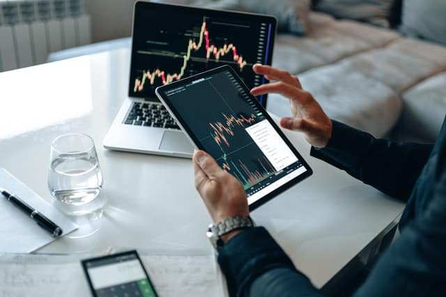 how to invest in stock market beginners